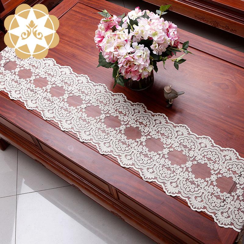 Winsunemb -Tablerunner Table Decoration embroidery designs laceGold Yarn tablerunner Wedding Chri-1
