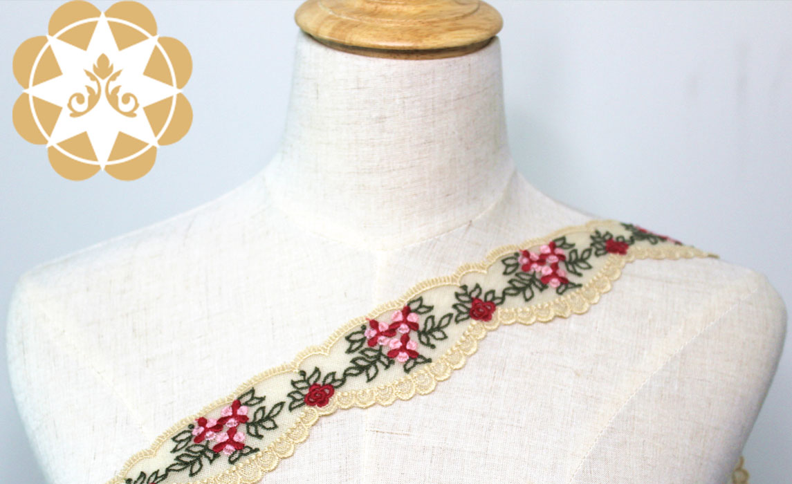 exquisite lace trim metallic for fashion garment-2