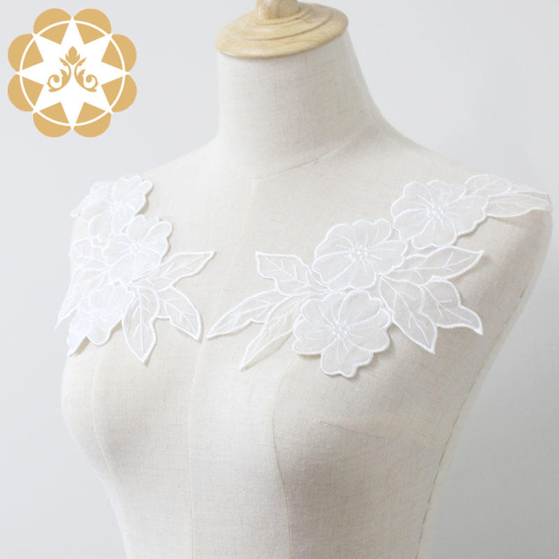 Factory supplier Floral motif applique lace cutwork embroidery sewing on clothers dress or craft for accessories