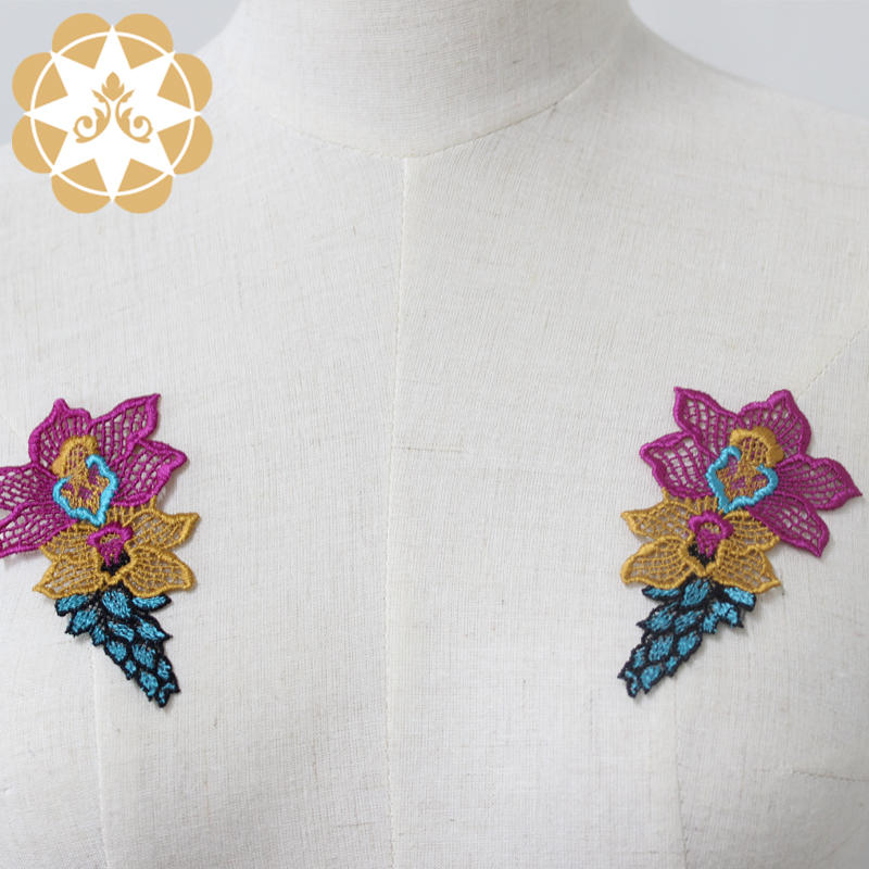 Elegant exquisite appliques highest quality with best price for dresses or garment decoration