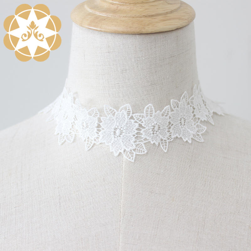 Graceful flower design embroidery lace trims width 4cm Water soluble lace for accessories Bridal and Lingerie lace trim