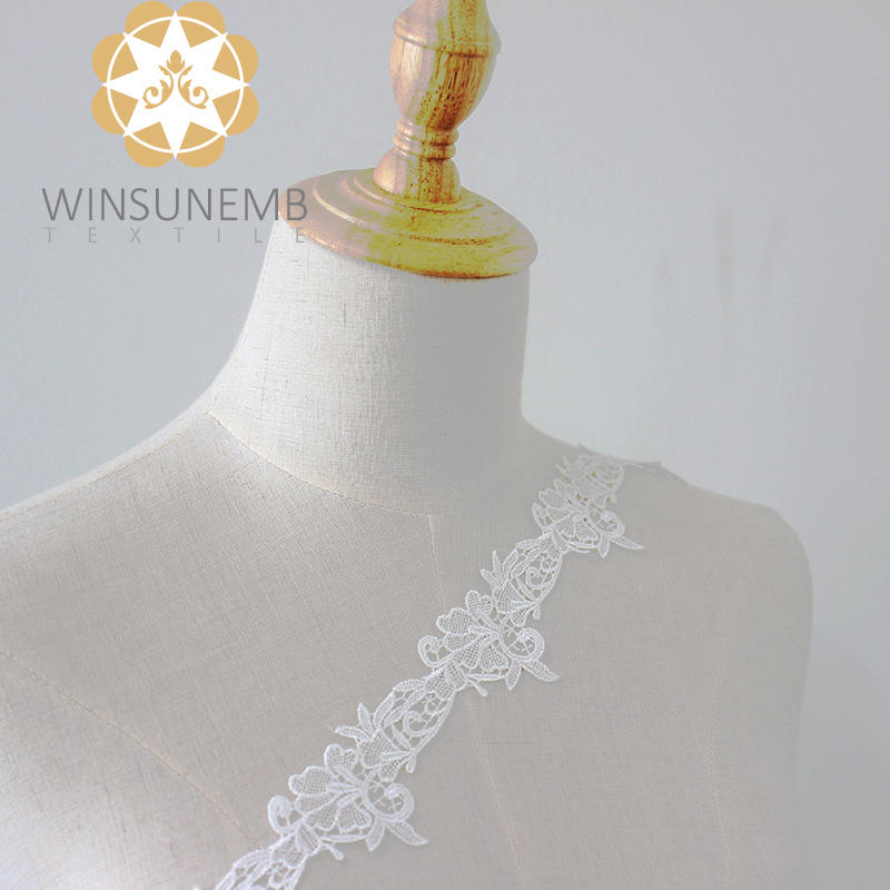 Winsunemb Ivory white single hook much leaf small sexy flower  Embroidery Lace Trimming